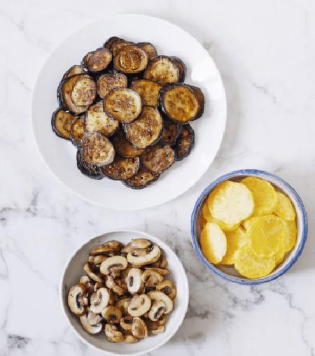 طرز تهیه موساکا بادمجان - غذای یونانیِ جذاب