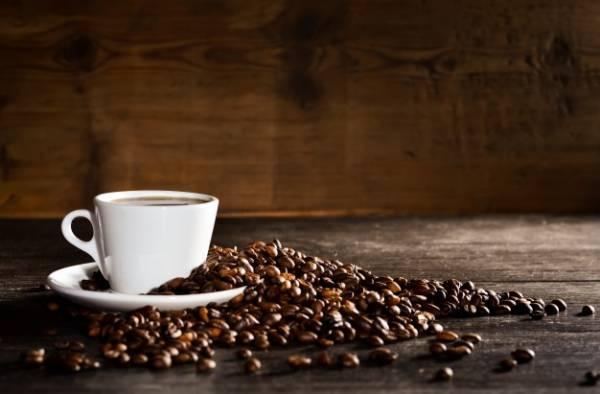 ضرر قهوه برای دندان