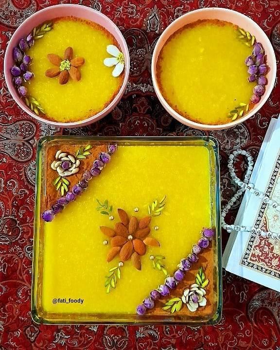 تزیین شله زرد با بادام و دارچین به همراه گل محمدی