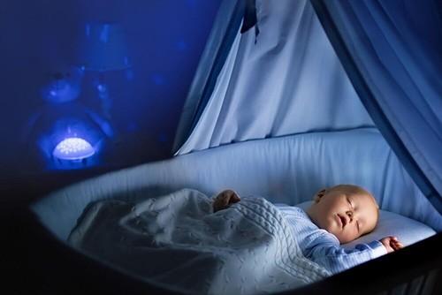 خوابآلودگی را در نوزاد