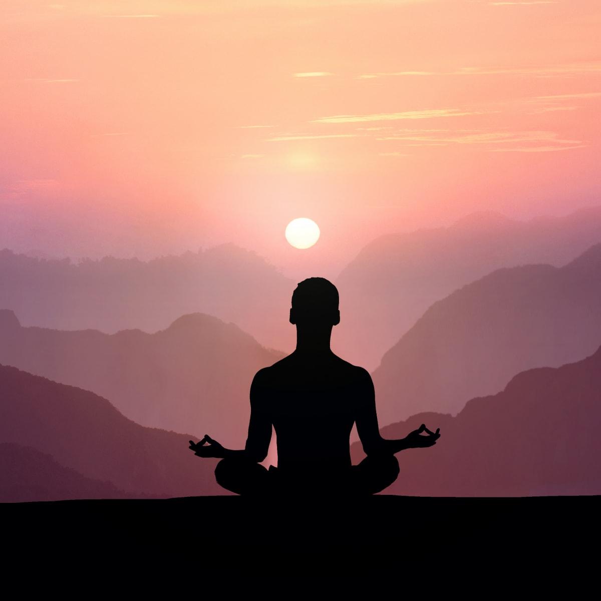6 حرکت کششی یوگا برای شروع روز