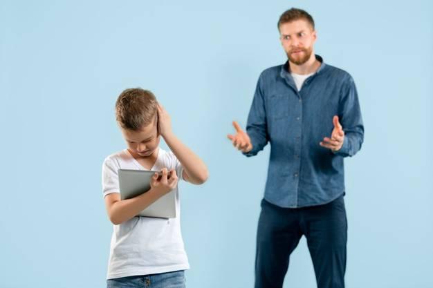 9 جمله ای که نباید به کودکان گفت